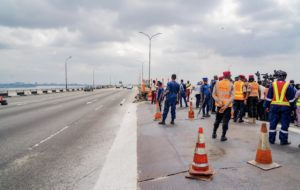 The Minister of Works, Fashola, inspecting the repair work on the Third Mainland Bridge.